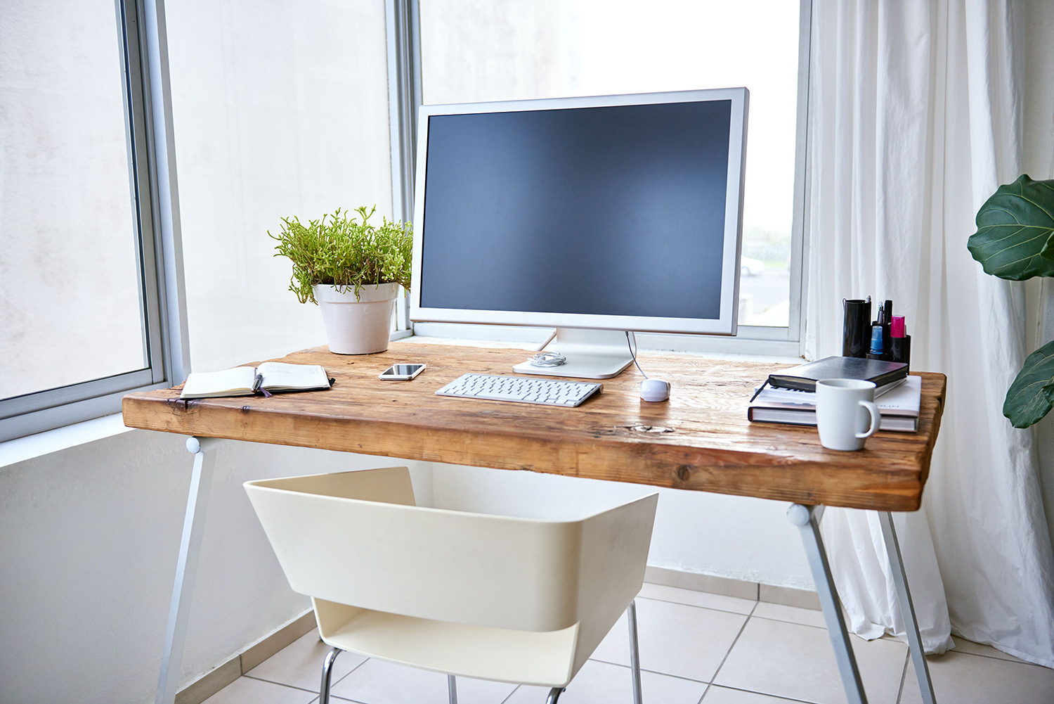 Banner home productivity wood desk